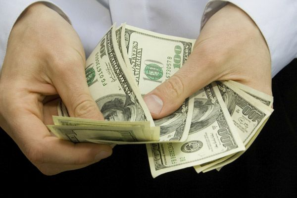 Фонд, ориентированный на consumer discretionary, сегодня вряд ли можно считать надежным инструментом